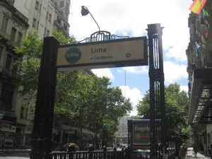 "The ""metro"" in Buenos Aires"