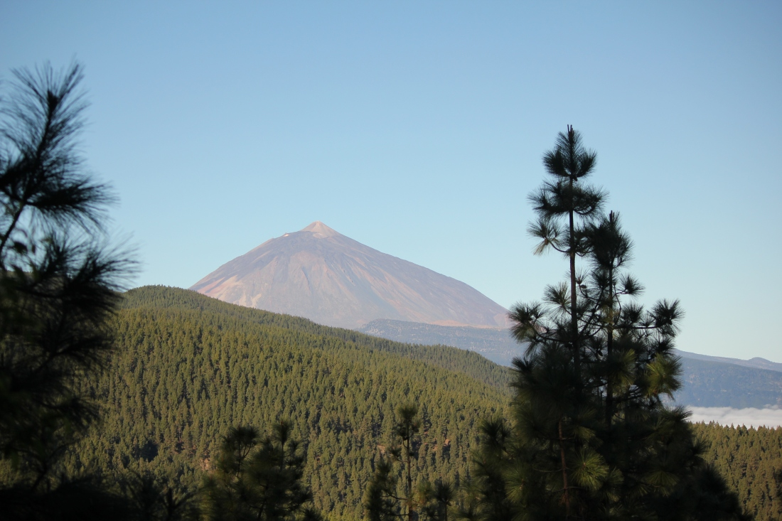 First view of Teite Volcano