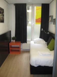 Hotel La Boheme Single Room