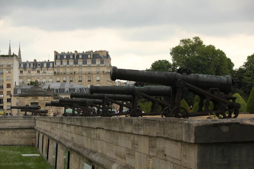 Canons at Invalides
