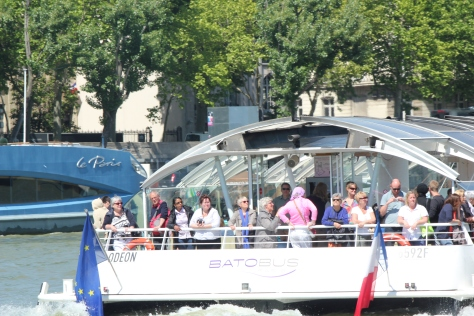 Tour boats on the Seine