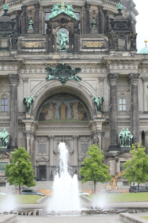 Main entrance to the Berliner Dom