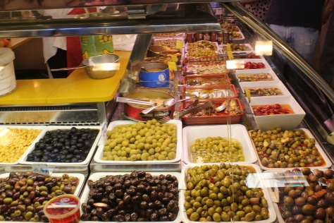 Olives stall at La Boqueira