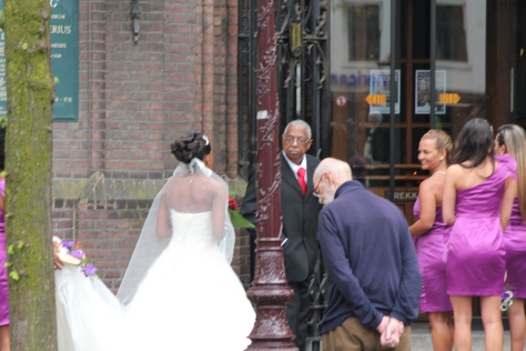 Wedding in Amsterdam: The man in the blue sweater is in every photo!