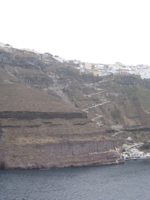 Winding stairs up the cliff to Fira
