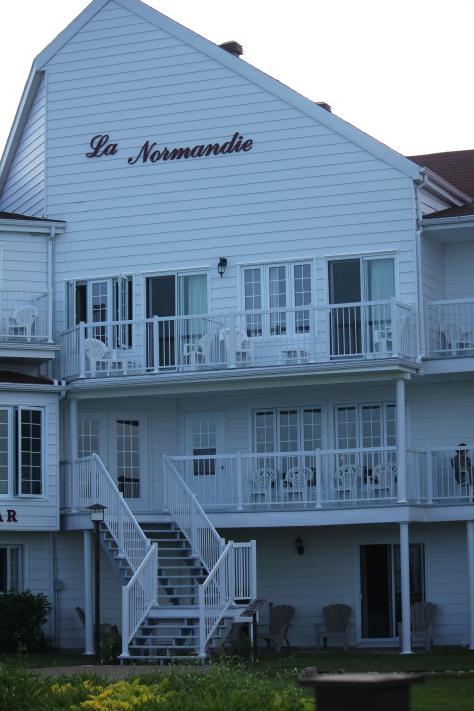Le Normandie Hotel